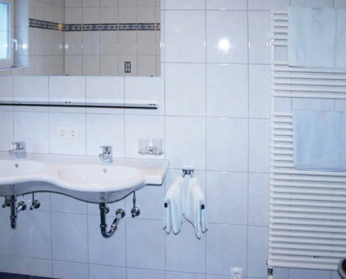Ferienwohnung Kappl - Badezimmer